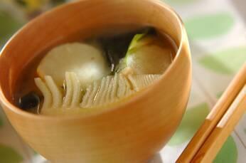 タケノコとワカメの白みそ汁