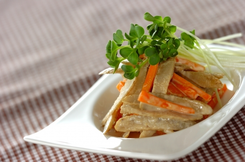 2. ごぼうサラダ