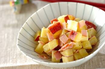 サツマイモとチーズのサラダ