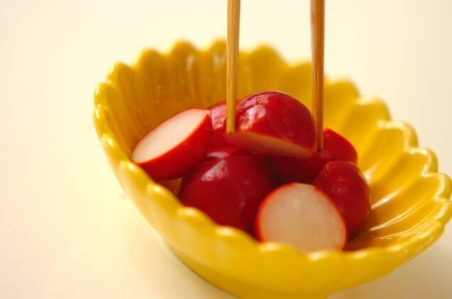 箸休めに!さっぱりラディッシュの甘酢漬けの作り方の手順3