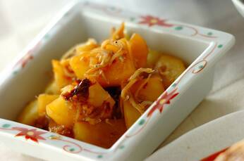 ジャガイモとシラスの蒸し焼き