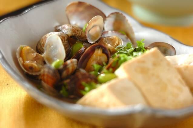 アサリと豆腐の蒸し煮