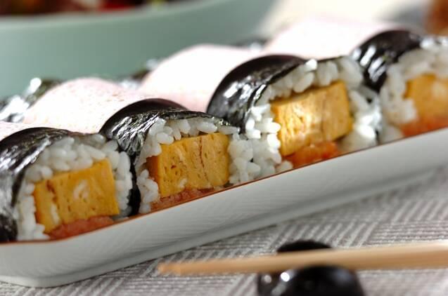 だし巻き卵と明太子の手巻き寿司