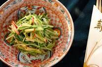 水菜とリンゴのゴマサラダ