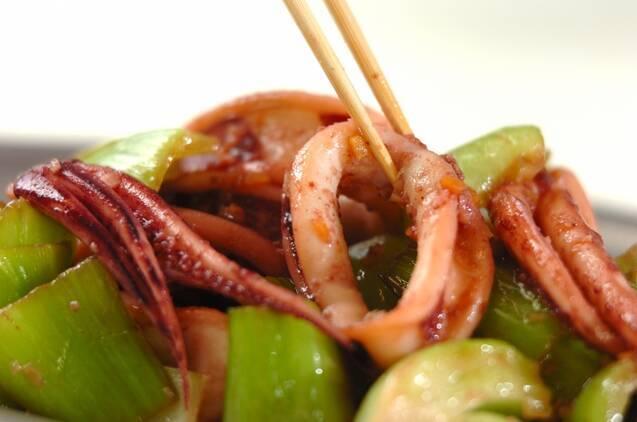イカとチンゲンサイの旨塩炒めの作り方の手順5