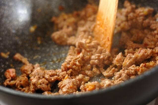 ご飯がすすむ!麻婆白菜の作り方の手順2