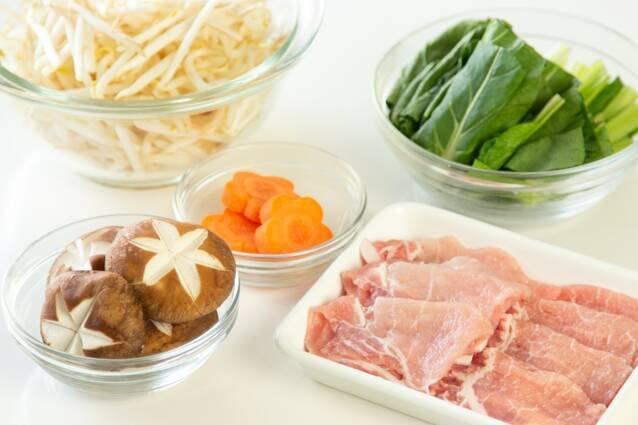 黒ごま坦々納豆鍋の作り方の手順2