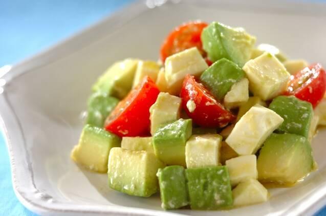 バリエーション豊富♪「モッツァレラチーズのサラダ」12選の画像