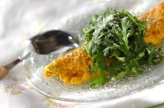 春菊とチーズのオムレツ