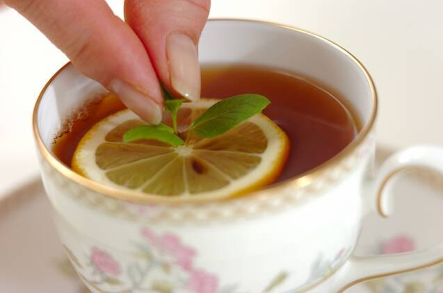 ミント・レモン・ティーの作り方の手順1