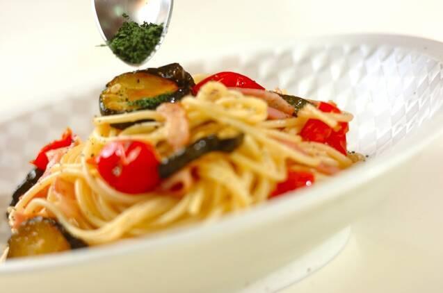 ズッキーニとベーコンのスパゲティーの作り方の手順5
