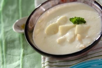 自然の甘みを味わう!桃のデザートスープ
