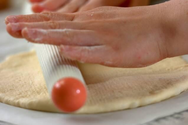 シーフードとバジルのピザの作り方の手順7