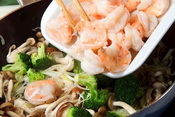 エビと野菜の中華炒めの作り方の手順8