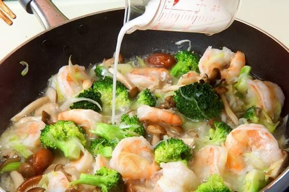 エビと野菜の中華炒めの作り方の手順9