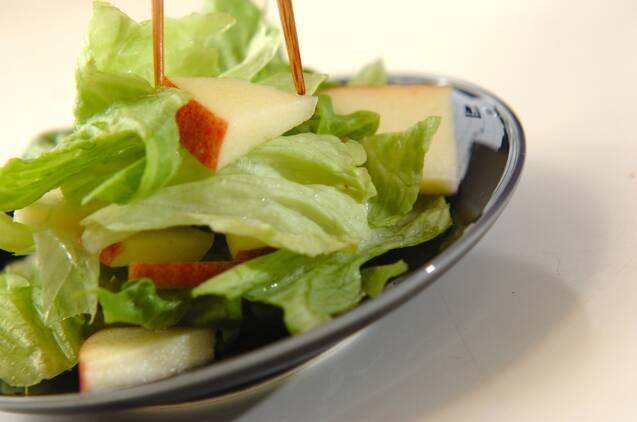 リンゴのサラダの作り方の手順5