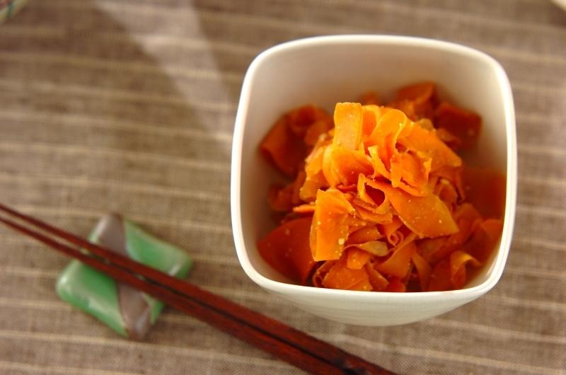 3. ヒラヒラニンジンの甘辛煮