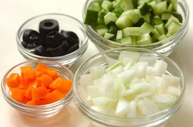 キュウリのヨーグルトサラダの作り方の手順1