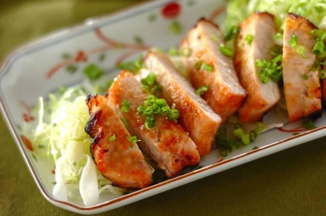 豚肉のピリ辛みそ漬け焼き