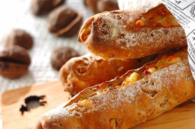 カマンベールのクルミパン