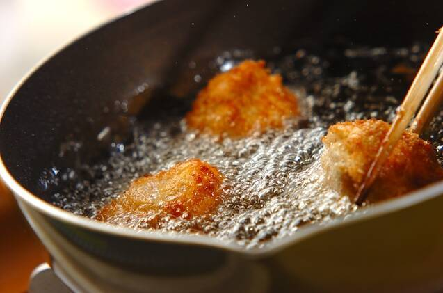 カリフラワーの豚肉巻き揚げの作り方の手順2