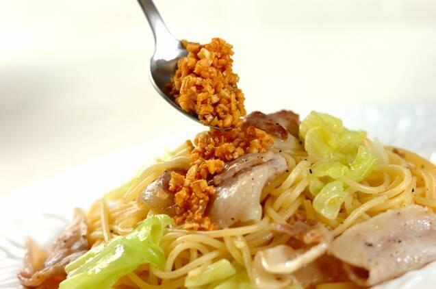 豚肉とキャベツのガーリックオイルスパゲティーの作り方の手順6