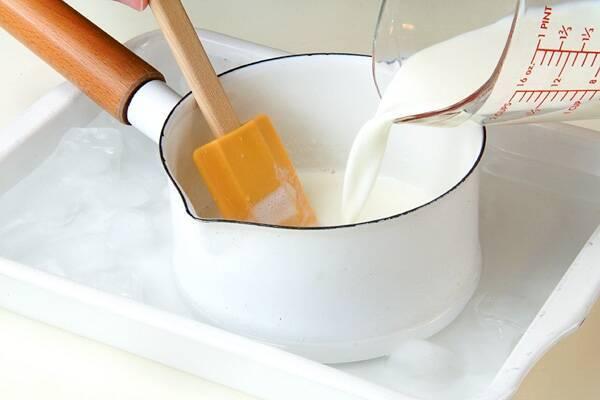 牛乳プリンの作り方の手順4