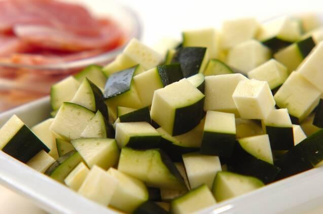 野菜たっぷりトマトスープの作り方の手順1