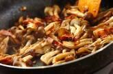 作り置き!麺つゆで和風キノコスパゲティーの作り方3