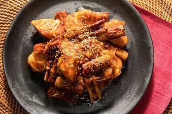 鶏むね肉のやわらかヤンニョムチキン
