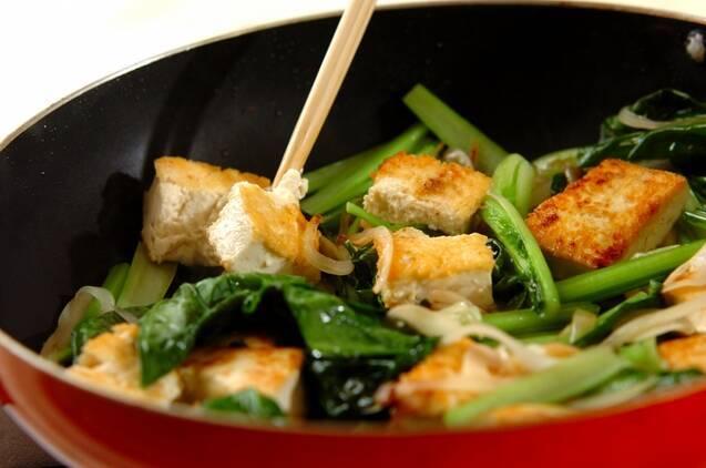 豆腐と小松菜のチャンプルーの作り方の手順6