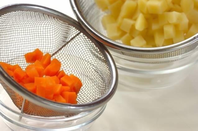 マセドアンサラダの作り方の手順1