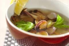 アサリのエスニックスープ