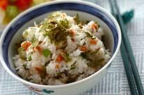 大葉とシラスの梅風味混ぜご飯
