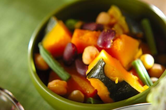 カボチャと豆の甘煮