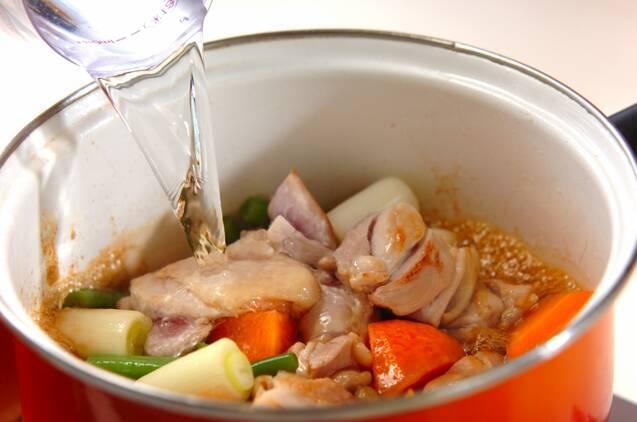 鶏肉とネギの甘辛煮の作り方の手順3