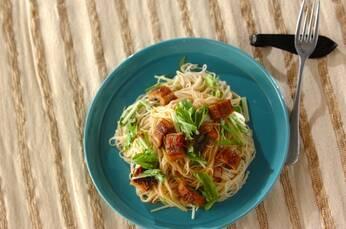 ウナギの素麺ペペロンチーノ