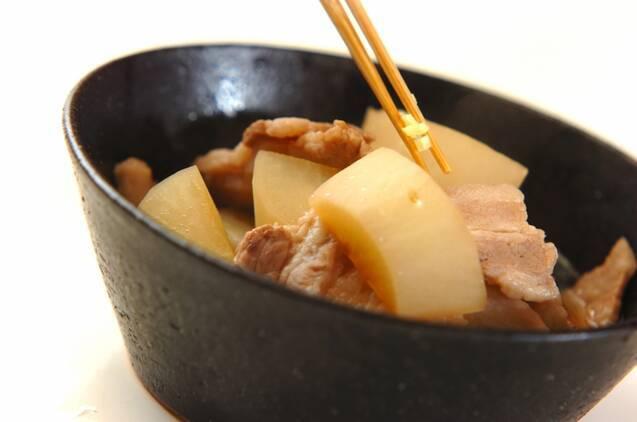 大根と豚バラの煮物の作り方の手順3