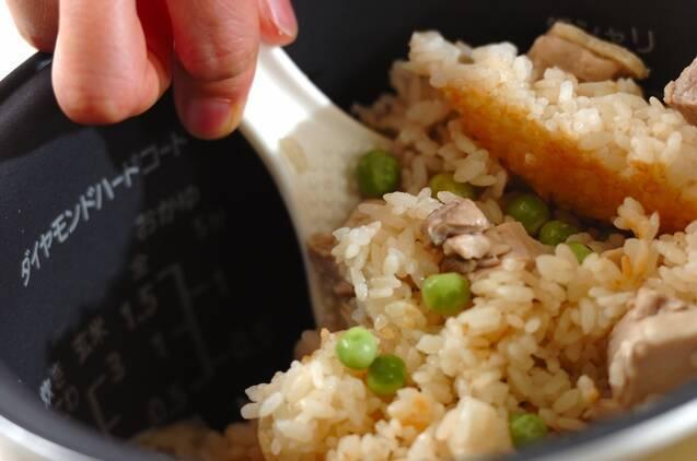 鶏とグリンピースの混ぜご飯の作り方の手順4