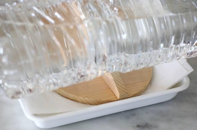 冷凍もできる作り置き!豆腐チキンバーグの作り方の手順1