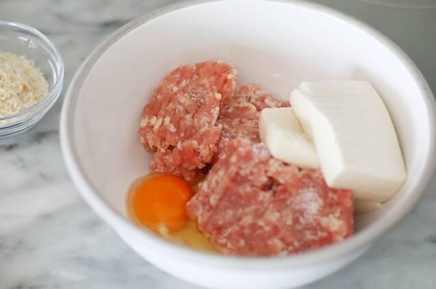 冷凍もできる作り置き!豆腐チキンバーグの作り方の手順2