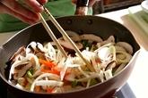 鶏肉のゴマホイル焼きの作り方1