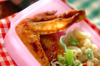 鶏手羽先の甘辛焼き