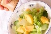 レタスと柿のサラダの作り方1