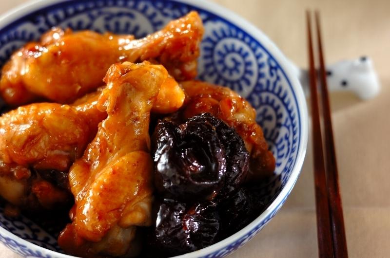 鶏手羽元のプルーン煮
