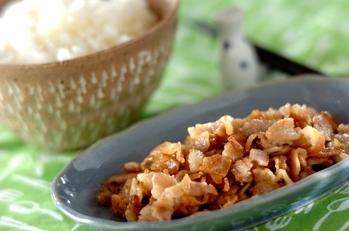 豚バラ肉の塩麹和え