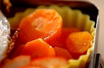 ニンジンのオレンジジュース煮