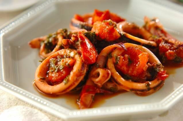 イカとトマトのパセリ炒め
