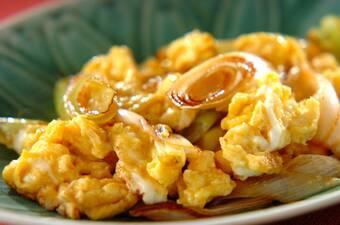 あともう一品に!白ネギと卵の炒め物