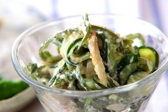 コリコリ食感がやみつきに。「茎わかめ」の人気レシピ15選の画像